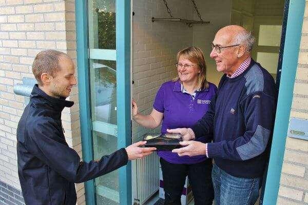 Maaltijdleverancier Van Smaak bezorgt klant Ontzorgd Verhuizen gratis maaltijd op de verhuisdag