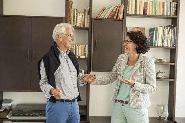 Kosten van verhuisbedrijf Ontzorgd Verhuizen voor senioren: 'Dat valt reuze mee!'